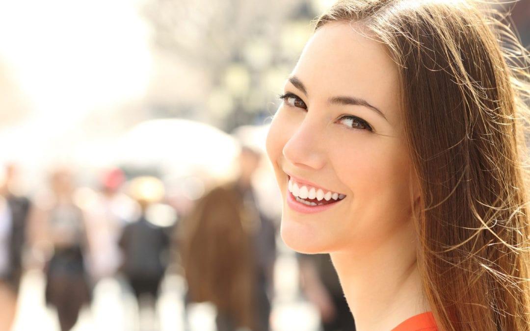 3 Ways To Get A Movie-Star Smile