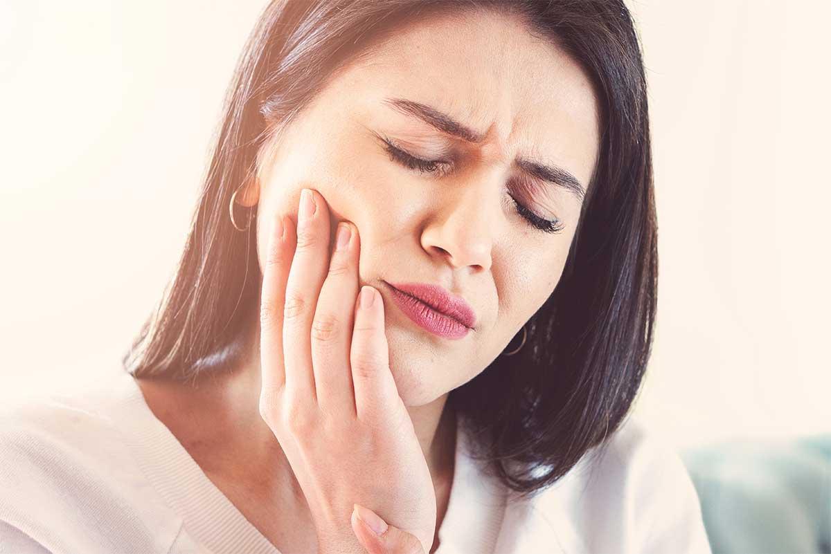 Gum sensitivity Legend Dental Orthodontics